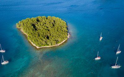 Koliko hrvatska ima otoka