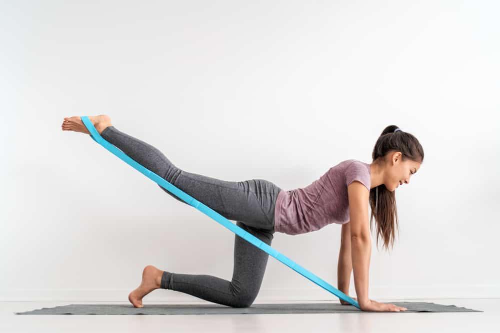 Vježbanje s elastičnom trakom