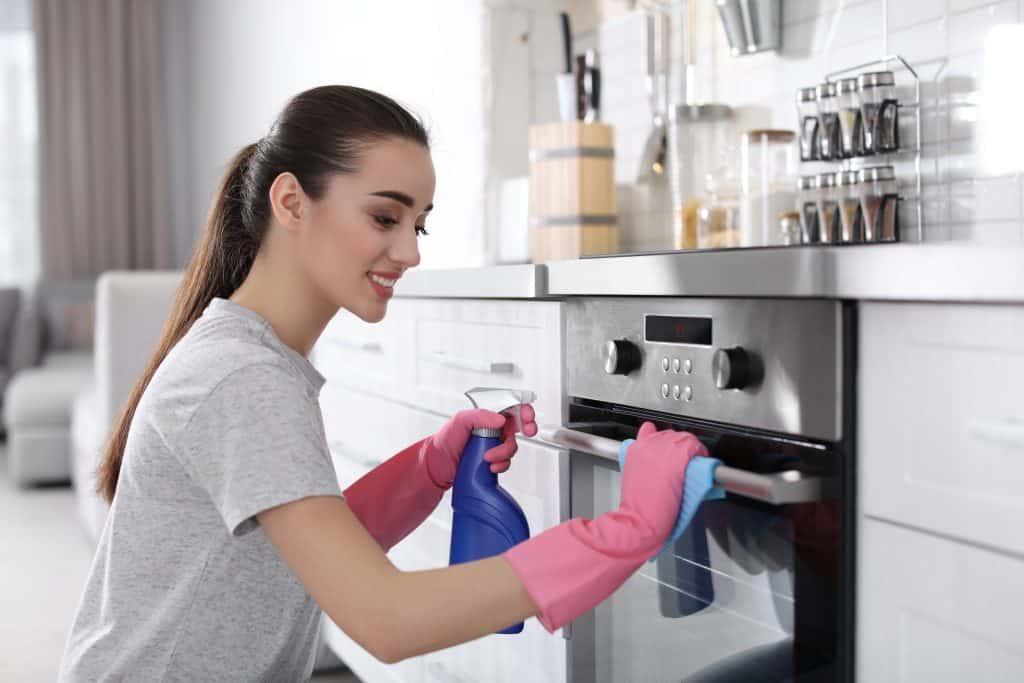 Kako očistiti pećnicu