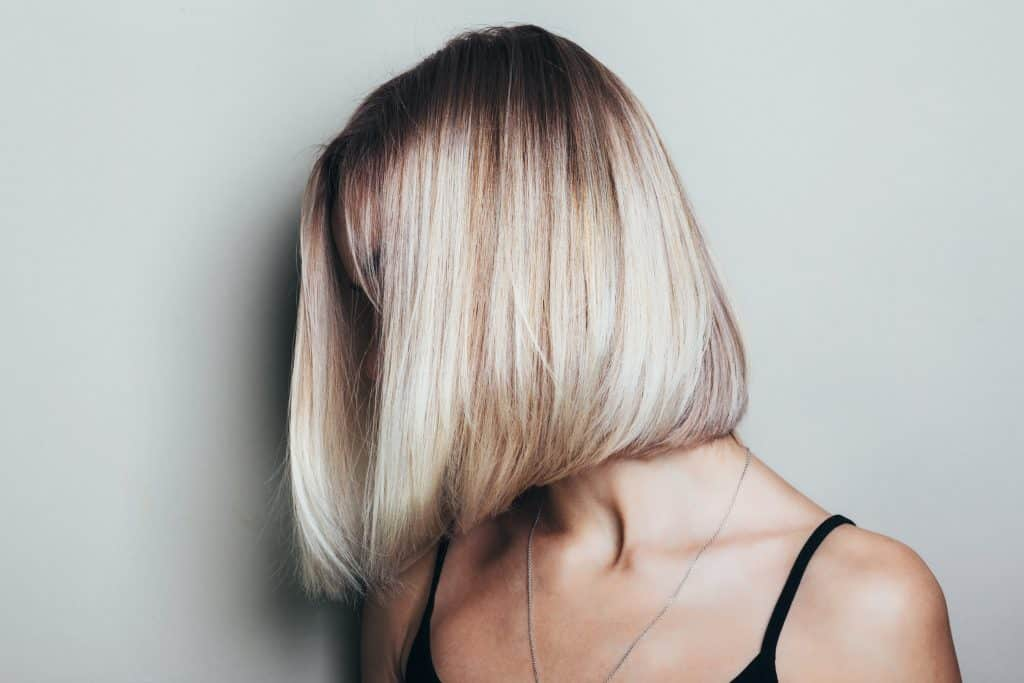 Moderne kratke frizure za žene srednjih godina
