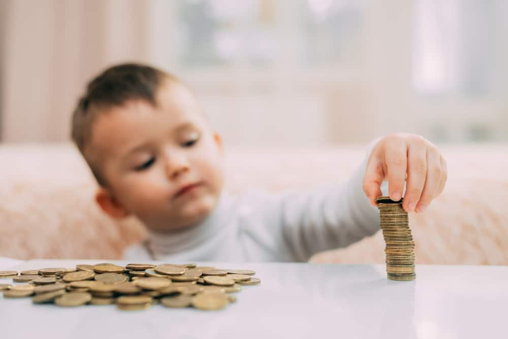 Tko ima pravo na dječji doplatak