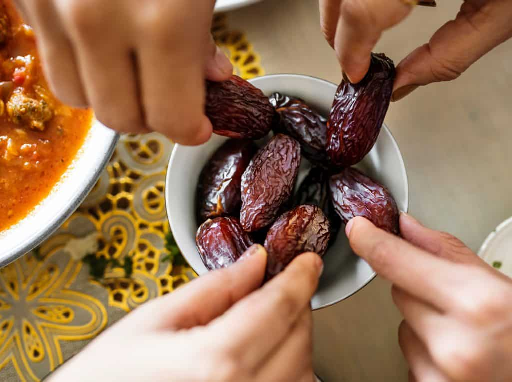 Kako jesti datulje